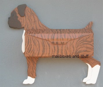 Boxer wall mount mailbox
