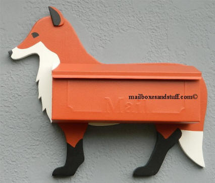Fox wall mount mailbox