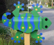 Bright Green Gecko Mailbox